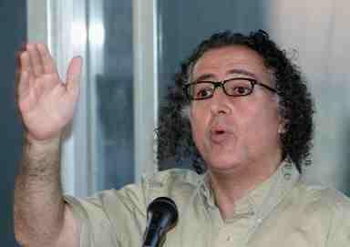 محكمة المطبوعات تغرّم الصحافيين أسعد أبو خليل وإبراهيم الأمين | | أخبار | أخبار | سكايز ميديا | مركز الدفاع عن الحريات الإعلامية والثقافية